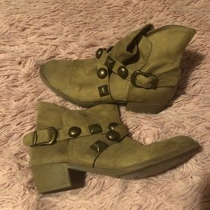 Kensie girl ankle boots